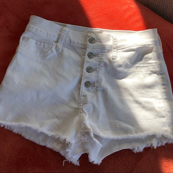 Abercrombie & Fitch Pants - white high waisted shorts